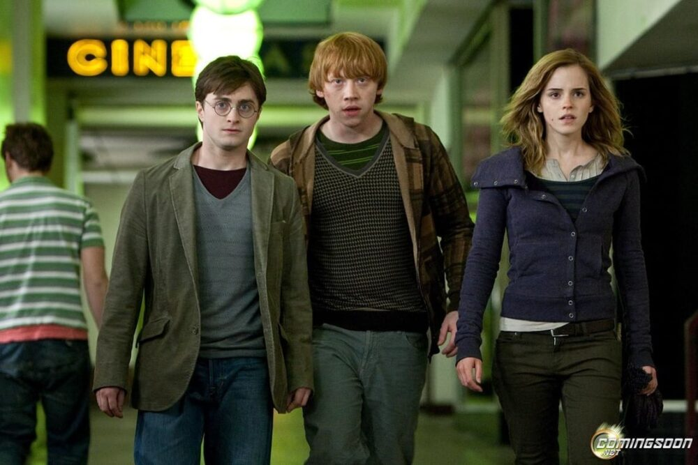 1118full-harry-potter-and-the-deathly-hallows-part-1-photo