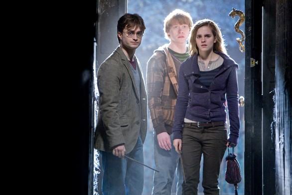 Harry-Potter-e-i-doni-della-morte-Parte-1-trama-colonna-sonora-e-curiositC3A0-sul-film-di-Canale-5-6