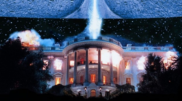 stasera-in-tv-su-rete-4-independence-day-con-will-smith-3