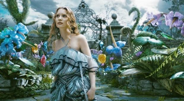Stasera-in-tv-su-Rai-3-Alice-in-Wonderland-di-Tim-Burton-4