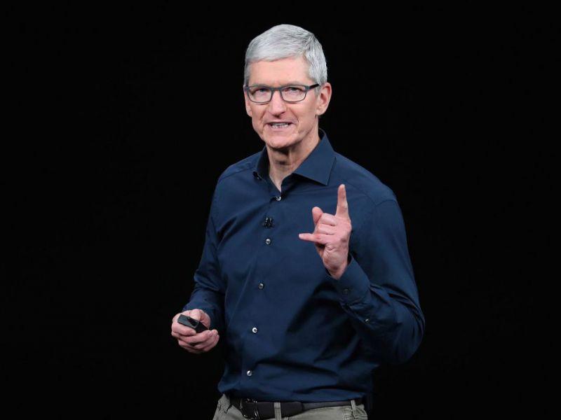 apple-tim-cook-sorpresa-domani-annuncio-cosa-essere-v3-492676-800x600-1