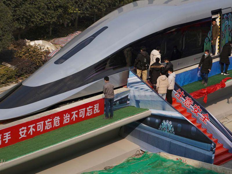 questo-treno-magnetico-cina-promette-arrivare-velocit-800-km-h-v3-493892-800x600-1