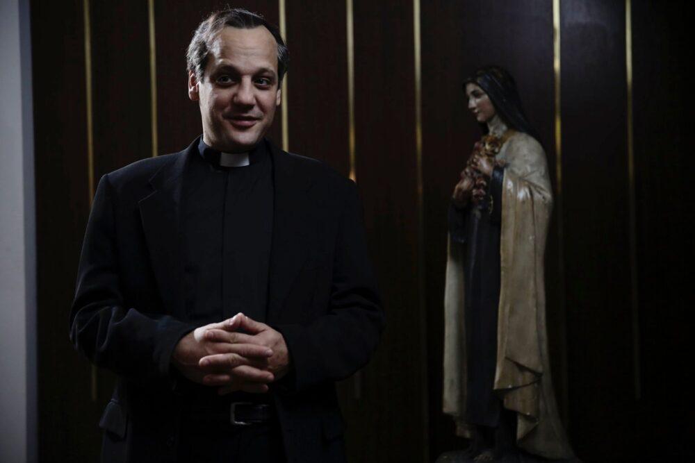 stasera-in-tv-chiamatemi-francesco-il-papa-della-gente-su-canale-5-3