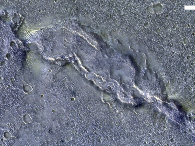 ammirate-20-000esima-foto-scattata-satellite-europeo-marte-v3-496753-800x600-1