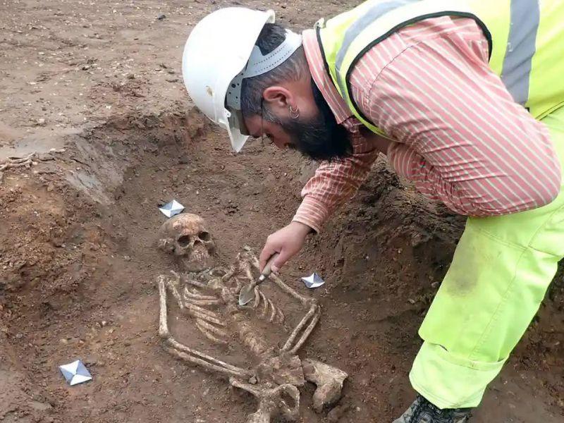 un-cimitero-medievale-riesumato-cambridge-ma-la-scoperta-secolo-v3-496630-800x600-1