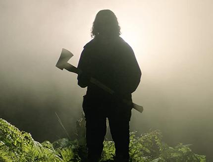 in-the-earth-trailer-del-misterioso-film-horror-di-ben-wheatley-girato-durante-la-pandemia-2